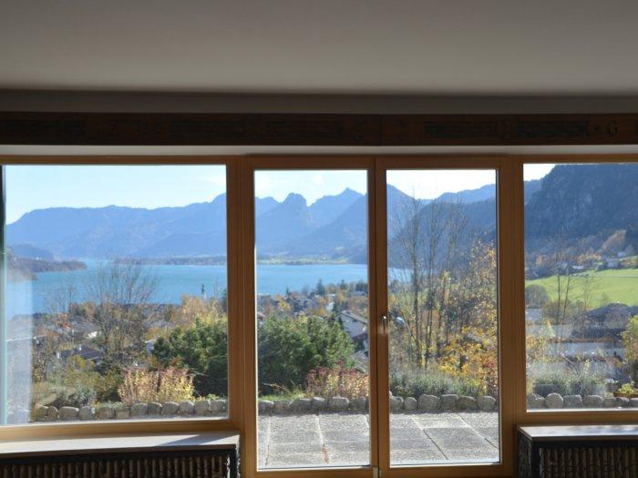 Immobilie in 5340  St. Gilgen am Wolfgangsee : NEUER PREIS! PANORAMALAGE IN ST.GILGEN AM WOLFGANGSEE: Großzügige Villa mit Genießer-Seeblick - Bild 1