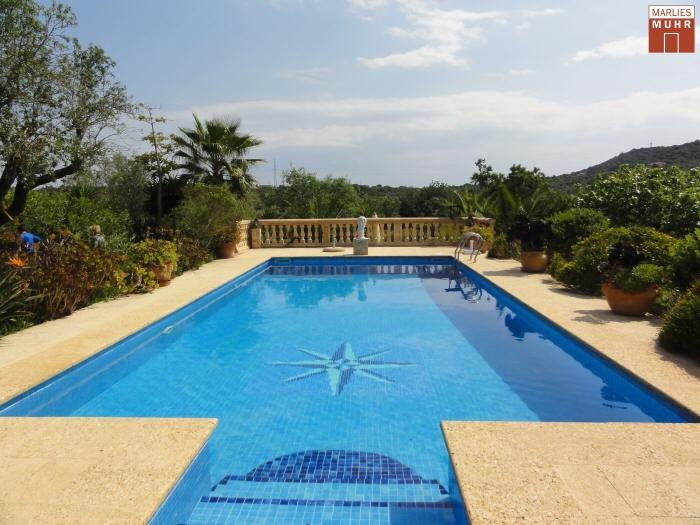 Real Estate in 07540  Son Carrio : Rustic country house in traditional Majorcan style - Near Cala Millor! - Picture 1