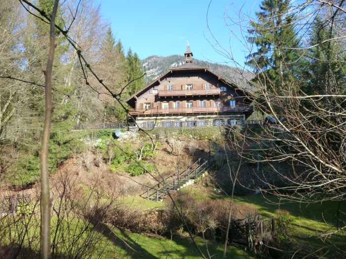 Real Estate in 5360  St. Wolfgang : Majestic country estate above the Wolfgangsee! - Picture 1