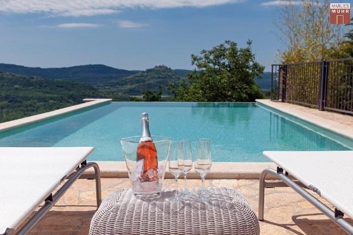 Immobilie in 52424  Motovun : ISTRIEN: Erstbezugs-Villa mit Pool in malerischer Alleinlage - Bild 1
