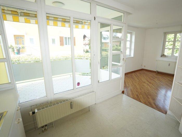 MAXGLAN: SCHÖNER WOHNEN MIT VILLENFLAIR! 2,5-Zimmer-Terrassen-Loggia ...