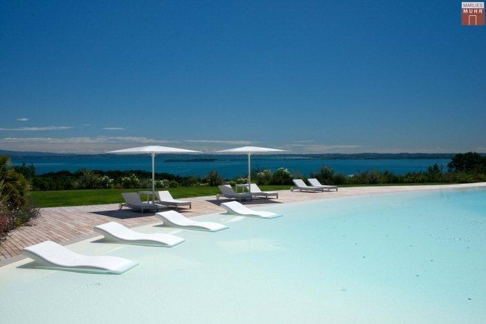 Immobilie in 25080  Padenghe sul Garda : WOHNEN WIE IM URLAUB! Lifestyle-Gartenwohnung beim Gardasee - Bild 1