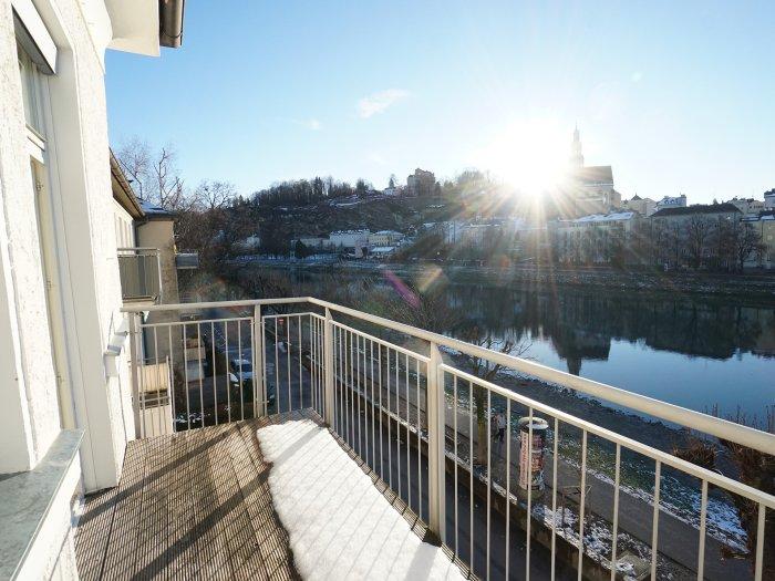 Immobilie in 5020 Salzburg : ERSTE REIHE SALZACH-KAI  MIT STADTBLICK! 4-Zimmer-Balkonwohnung mit Wohlfühlfaktor! - Bild 1
