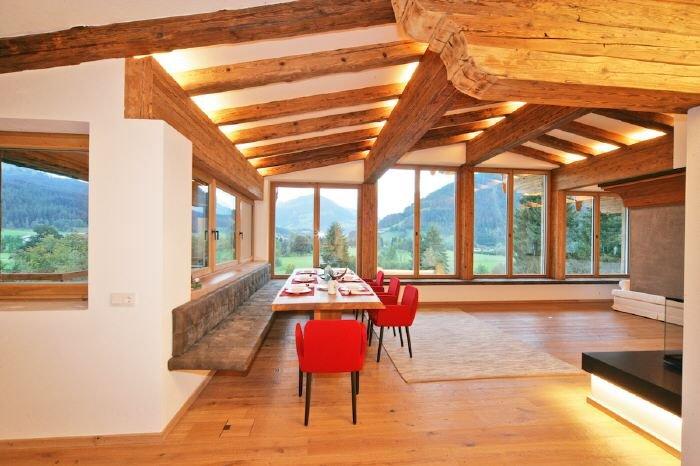 kitzb hel am lutzenberg exklusives haus mit panoramablick zum sofortigen bezug haus in 6370. Black Bedroom Furniture Sets. Home Design Ideas