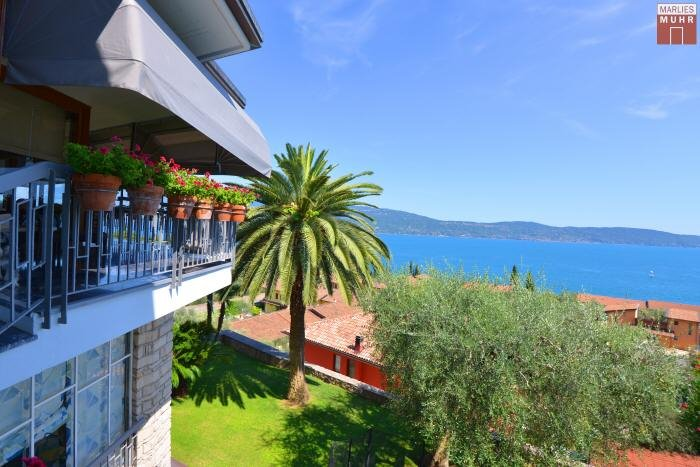 Real Estate in 25088  Toscolano Maderno : STUNNING SCENERY AT GARDA LAKE! Sensational villa with large garden and Lago View! - Picture 1