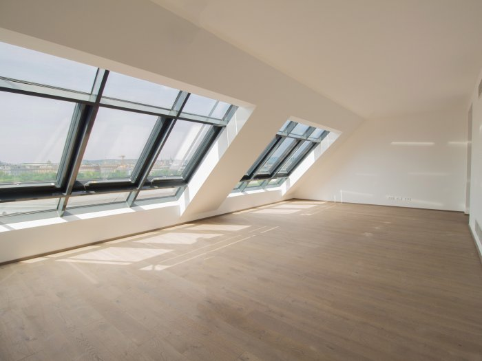 Real Estate in 1030  Wien : QUIET, STYLISH PENTHOUSE APARTMENT WITH UNIQUE VIEWS - Picture 1