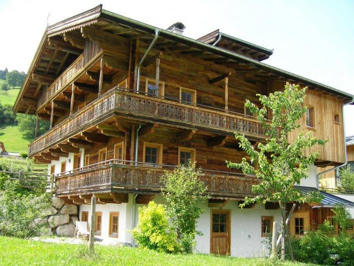 Immobilie in 6373 Jochberg : Jochberg: Charmante Gartenwohnung in altem Bauernhaus - Bild 1