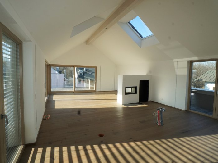 Real Estate in 5026  Salzburg : Penthouse with lots of light in Aigen - Picture 1