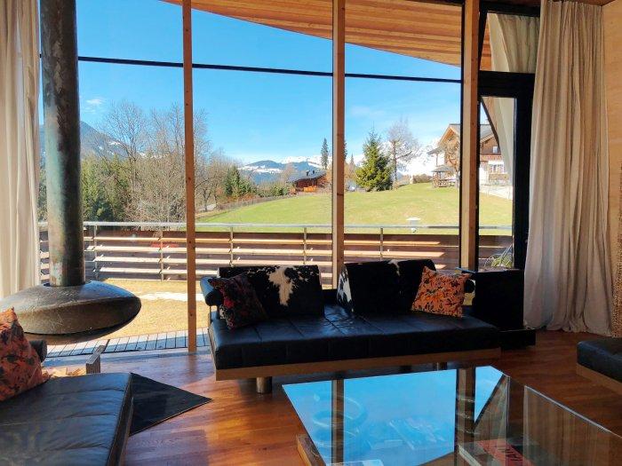 Immobilie in 6370 Kitzbühel : Kitzbühel : KLARE SACHE.....Villa im schlicht-modernen Ambiente - direkt am Lebenberg! - Bild 1