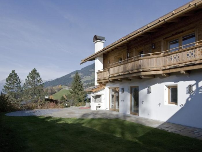 Real Estate in 6370  Kitzbühel : PRIME LOCATION ON BICHLALM Exclusive villa in panoramic position - Picture 1