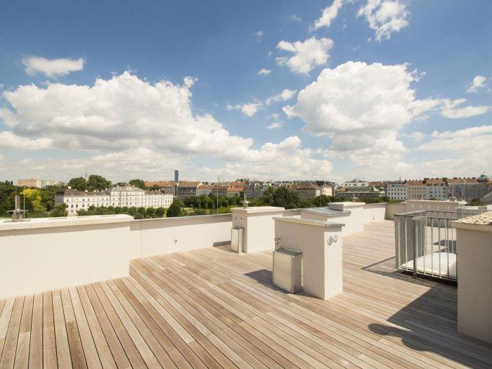 Immobilie in 1020  Wien : Ein schöner Platz an der Sonne: Sonnendurchfluteter Dachterrassentraum in Premiumqualität Nähe Augarten - Bild 1