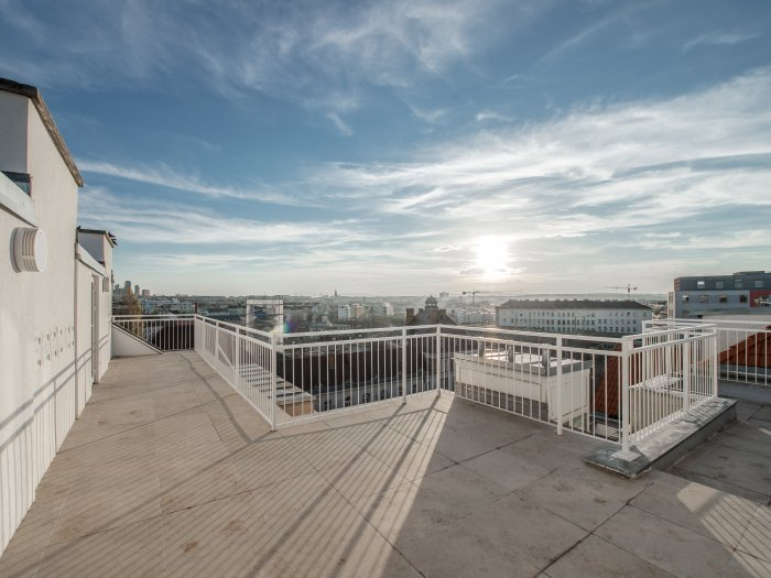 Real Estate in 1060 Wien : FABULOUS OPPORTUNITY! Exclusive penthouse apartment in the 6th district - Picture 1