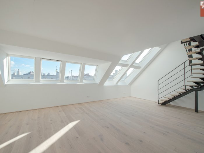 Real Estate in 1060 Wien : 6th District: Attractive penthouse apartment with style - Picture 1