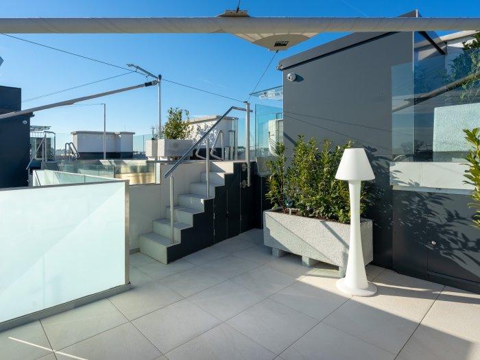 Immobilie in 1010 Wien : RELAXEN MIT FERNBLICK - Pool-Position! - Bild 1