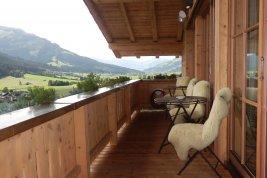 Immobilie in 6365  Kirchberg: Kirchberg: Penthouse im Chaletstil, Panoramablick, Lift, Terrassen, Garage u. Conciergeservice - Bild