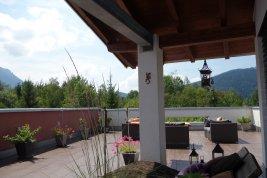 Real Estate in 83334 Inzell : Inzell: Moderne Designervilla am Ortsrand in Niedrigenergie-Bauweise