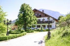 Immobilie in 83457 Bayrisch Gmain : BERCHTESGADENER LANDSITZ:  Exklusives Landgut mit grossem Park nahe der Festspielstadt Salzburg