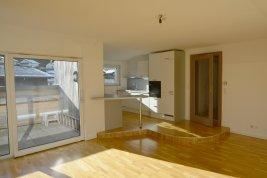 Immobilie in 5082 Grödig bei Salzburg : FAMILIEN-SCHATZ! 5-Zimmer-Terrassen-Wohnung am südlichen Stadtrand!