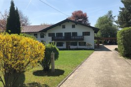 Real Estate in 83043 Bad Aibling : Bad Aibling: Manorial property with outbuildings and large park in a beautiful and quiet location