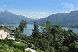 Immobilie in 5310 Mondsee : ENTSPANNTER LUXUS AM MONDSEE: Aussichtsreiche Seeblick-Villa bietet Urlaubsflair das ganze Jahr!