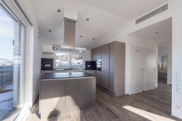 Immobilie in 5163 Mattsee : AUSSICHTSLAGE IN MATTSEE! Moderne Wohnung samt Sonne, See und Wohnkultur