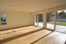 Real Estate in 5020 Salzburg: PARSCH: 4-room garden apartment with 330sqm garden share - Picture