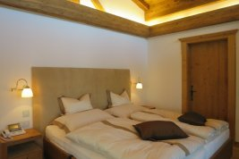 Real Estate in 6370  Kitzbühel: PRIME LOCATION ON BICHLALM Exclusive villa in panoramic position - Picture