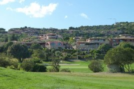 Real Estate in 07021  Porto Cervo : SARDINIEN-PORTO CERVO: Lifestyle apartment with stunning views of the golf course