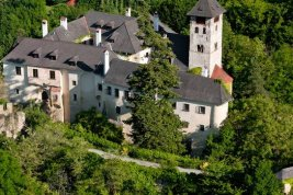 Real Estate in 3622 Wachau : Romantic knight's castle with medieval flair in the Wachau