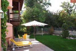 Immobilie in 6370  Kitzbühel: Kitzbühel: Exklusive Villa mit 2 Wohnbereichen, Lift und Garage in Zentrumsnähe - Bild