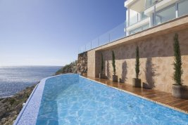 Real Estate in 07589  Provensals: Mallorca: Stylish and meters away from the sea - Picture