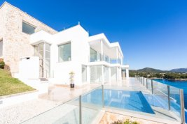 Real Estate in 07589  Provensals : Mallorca: Stylish and meters away from the sea