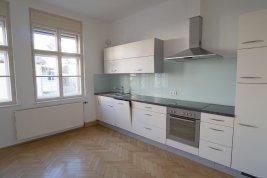 Immobilie in 5020 Salzburg: ERSTE REIHE SALZACH-KAI  MIT STADTBLICK! 4-Zimmer-Balkonwohnung mit Wohlfühlfaktor! - Bild