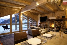 Real Estate in 6271  Uderns: Uderns in the Zillertal valley: holiday home: refuge with 3 self-contained living units - Picture