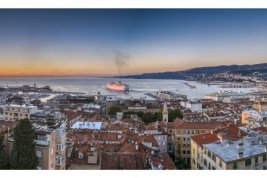 Real Estate in 34100  Triest: WITH UNIQUE PANORAMIC VIEW! Fabulous penthouse in Triest - Picture