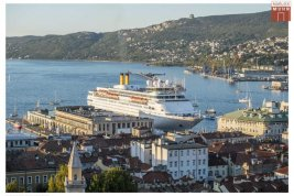 Real Estate in 34100  Triest: PANORAMA PENTHOUSE IN THE SUNNY PARADISE OF TRIESTE! - Picture