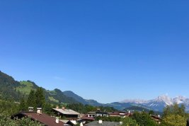 Immobilie in 6370 Kitzbühel : KITZBÜHEL - das sind Aussichten! Moderne Dachterrassenwohnung  mit Hahnenkamm- Streif- und Kaiser-Blick.