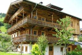 Real Estate in 6373 Jochberg : Jochberg: Charming garden apartment in old farmhouse