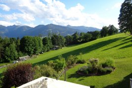 Real Estate in 8972  Ramsau am Dachstein: RAMSAU AM DACHSTEIN: Country beauty overlooking the Planai - Picture