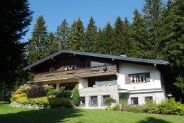 Real Estate in 8972 Ramsau am Dachstein : RAMSAU AM DACHSTEIN: Landhausvilla eingebettet in den 8.809 qm Panorama-Grund auf 1.100 Meter Seehöhe