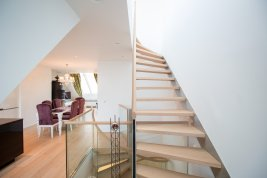 Real Estate in 1050 Wien: 5th District: Elegant penthouse apartment with lots of charm! - Picture