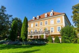 Immobilie in 5020 Salzburg  : Salzburg-Parsch: Außergewöhnliches und individuell nutzbares Ensemble mit 6.000m² Parkgrund