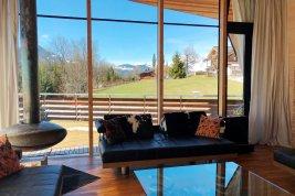 Immobilie in 6370 Kitzbühel : Kitzbühel : KLARE SACHE.....Villa im schlicht-modernen Ambiente - direkt am Lebenberg!