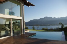 Real Estate in 5310  Mondsee : POSTCARD LOCATION IN MONDSEE: Modern luxury villa in a location with a spectacular panorama view!
