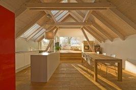 Immobilie in 4810 Gmunden : GMUNDEN AM TRAUNSEE: Modernes Stadthaus mit Dachterrasse und zauberhaften See-Aussichten!