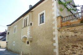 Real Estate in 3610  Weißenkirchen/ Wachau: Historic building of a rare value - Picture