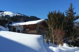 Real Estate in 6352 Ellmau bei Kitzbühel: ELLMAU AT KITZBÜHEL: Holiday villa with stunning panoramic views near ski slopes - Picture