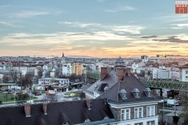 Real Estate in 1060 Wien: 6th District: Attractive penthouse apartment with style - Picture