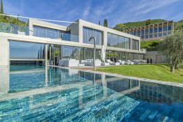 Immobilie in 25083  Gardone Riviera : GARDASEE-PANORAMALAGE GARDONE: High End Living in einer Architeken-Villa