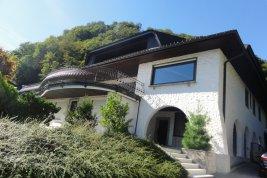 Immobilie in 5020 Salzburg : LAGE LAGE LAGE: Großzügige Villa mit unverbaubarer Aussicht nahe dem Stadtzentrum!